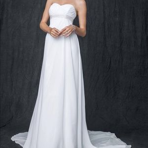 NWT DAVID'S BRIDAL WEDDING GOWN💍 (SEE SIZE CHART)